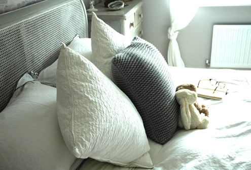 Luxury Bedroom Cushions & Accessories
